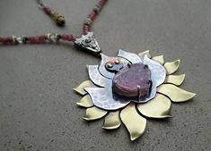Heart Crown Chakra Necklace with Pink by SilviasCreations on Etsy Chakra Necklace, Chakra Jewelry, Yoga Jewelry, Watermelon Tourmaline, Pink Tourmaline, Chakra For Beginners, Blossom Flower, Lotus Flower, Heart Crown