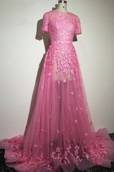 Fashion A Line Scoop Short Sleeve Tourt Train Tulle Floor Length Lace Sashes Appliques Flower Evening Dresses