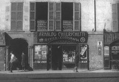 Corso di Porta Romana n.74, negozio di Ottica-Fotografia Arnaldo Chierichetti   da Milàn l'era inscì