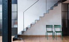 When photographer Dean Rogers acquired a dilapidated and dark warehouse loft conversion in Clapton, London, he enlisted the help of Sadie Snelson Architects to help him revitalise the space and transform it intoa fresh and light filled open plan inte...