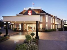 Melbourne Clarion Hotel On Canterbury Australia, Pacific Ocean and Australia Ideally located in the prime touristic area of Forest Hill, Clarion Hotel On Canterbury promises a relaxing and wonderful visit. The hotel offers a high standard of service and amenities to suit the individual needs of all travelers. Facilities like free Wi-Fi in all rooms, photocopying, wheelchair accessible, 24-hour front desk, 24-hour room service are readily available for you to enjoy. Each guestr...