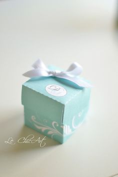 Cubetto con fiocchetto blu Tiffany