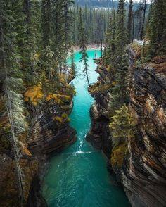 The 10 Most Beautiful Villages In Canada // ©michaelmatti