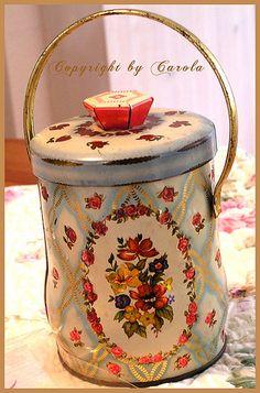 Confections rose tin box #TuscanyAgriturismoGiratola