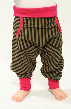 """Hosen - Kinderhose """"Betty"""" olive stripes - pink - ein Designerstück von zirkuskind-fashion bei DaWanda"""