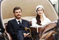 Fahriye Evcen as Murvet and Kivane Tatlitug as Seyit in the Turkish TV series Kurt Seyit ve Sura. 2014.