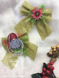 Blank Page Muse: Holiday Ornament by Sharon Rogers Holiday Ornaments, Holiday Gifts, Sharon Rogers, Make Your Own Card, Blank Page, Instagram Blog, Christmas Inspiration, Pj, Muse
