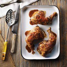Nul besoin d'attendre le Nouvel An chinois pour faire rôtir cet irrésistible poulet aromatique qui plaira à toute la famille. | Le Poulet du Québec
