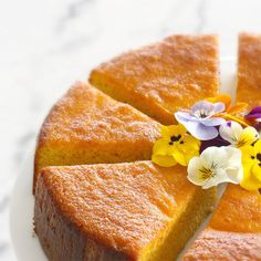 This recipe is always a hit at my house, great for morning and afternoon tea or something sweet after dinner if the feeling strikes! It is so easy to decorate as well so makes a beautiful birthday cake if you want to do soemthing other . Mandarin And Almond Cake, Mandarin Cake, Orange And Almond Cake, Orange Cakes, Gluten Free Cakes, Gluten Free Baking, Gluten Free Desserts, Easy Desserts, Dessert Recipes