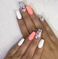 the ring finger design kinda reminds me of old lady clothes-is it bad that I still want it | zo