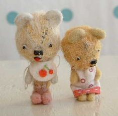 artist bear Softies, Plushies, Toys In The Attic, Bear Hugs, Happy Hippie, Vintage Teddy Bears, Cute Stuffed Animals, Bird Sculpture, Cute Plush