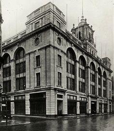 John Barker & Co. Vintage London, Old London, West London, Vintage Shops, Kensington And Chelsea, Kensington London, London Architecture, Commercial Architecture, London History