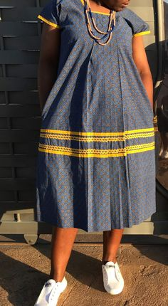 African Fashion Skirts, African Print Dresses, African Wear, African Attire, African Dress, Pedi Traditional Attire, Traditional Clothes, Xhosa Attire, African Traditional Wear