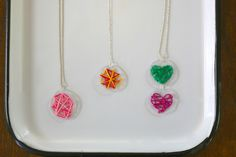 Kidmade art as jewelry, perfect for Mother's Day! Keep Jewelry, Heart Jewelry, Jewelry Art, String Art Heart, String Art Tutorials, Heart Outline, Art Necklaces, Craft Club