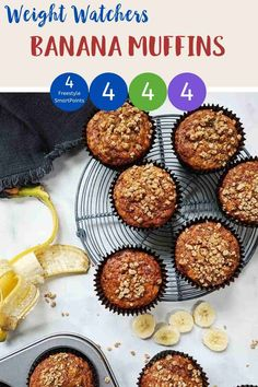 These Banana Muffins with their deliciously sweet crunchy streusel topping are just 4 Smart Points per serving on Weight Watchers Blue, Green, Purple Weight Watcher Cookies, Weight Watchers Muffins, Weight Watchers Breakfast, Weight Watchers Desserts, Easy Homemade Recipes, Ww Recipes, Baking Recipes, Recipies, All Recipes Banana Bread