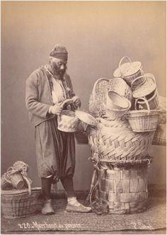 SEPET SATICISI (basket seller). Istanbul, ca. 1900.