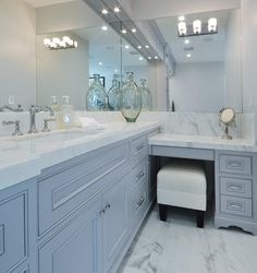 "Interesting Bathroom Backsplash Ideas - Design Ideas To Inspire You Entdecken Sie ""Bathroom Mold In Bathroom, Bathroom Floor Tiles, Bathroom Renos, Bathroom Renovations, Master Bathroom, Bathroom Ideas, Bathroom Makeovers, Corner Bathroom Vanity, Houzz Bathroom"