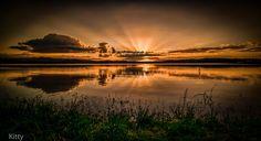 dam sun set