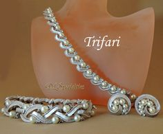 Trifari Vintage Jewelry Set Pearls Swarvoski by Offered by DLSpecialties on Etsy. Excellent Vintage condition Perfect addition to a collection or for gift giving.
