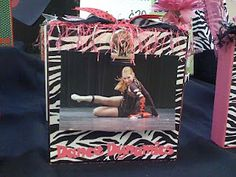 Around Christmas, I found a fun new craft project to work on that make great gifts for friends and family. They are wooden photo block. Cheer Team Gifts, Dance Team Gifts, Cheerleading Gifts, Cheer Mom, Cheer Stuff, Team Spirit Crafts, Spirit Gifts, Cute Picture Frames, Cheer Banquet