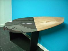 Planche-de-Surf-GTi-Peugeot-Design-Lab-1.jpg (1024×768)