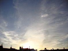 La sinceridad de las nubes: Y entonces el cielo: Atardecer