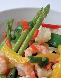 Wok med fisk og reker | www.greteroede.no | www.greteroede.no Green Beans, Fish, Vegetables, Recipe, Board, Vegetable Recipes, Rezepte, Sign, Planks
