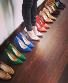 Colorful pumps for d