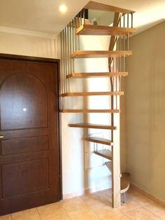 Charmant Echelle Meunier   Recherche Google Attic Stairs, House Stairs, Spiral  Staircase, Small Staircase
