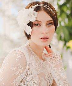 loving the glam look of this hair piece by Jannie Baltzer