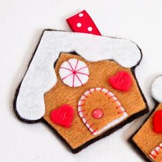 felt gingerbread house * would make a cute felt book page.