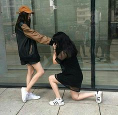Find images and videos about love, girls and couple on We Heart It - the app to get lost in what you love. Couple Ulzzang, Ulzzang Girl, Cute Lesbian Couples, Lesbian Love, Bff Pictures, Best Friend Pictures, Below Her Mouth, Korean Best Friends, Korean Couple