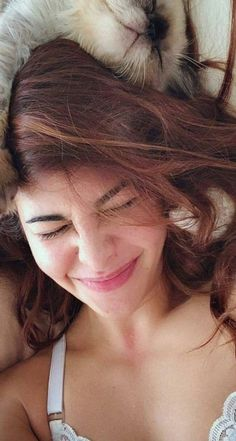 Pics Of Shruti Haasan, HD Images, Latest Photos and New Photoshoot Gallery Bollywood Actress Hot, Beautiful Bollywood Actress, Bollywood Actors, Bollywood Celebrities, Beautiful Actresses, Beautiful Girl Indian, Beautiful Girl Image, Most Beautiful Indian Actress, Hot Actresses