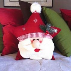 DIY Santa Claus Sewing Patterns and Ideas Christmas Sewing, Christmas Fabric, Christmas Pillow, Christmas Love, Christmas Holidays, Christmas Projects, Holiday Crafts, Xmas Ornaments, Christmas Decorations