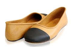 ANN. Womens shoes / leather flats / leather ballet flats / leather shoes / custom shoes. sizes 35-43. Available in different leather colors.