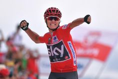 Chris Froome celebrates a Vuelta a España 9th stage win, on the way to winning the 2017 edition and completing the rare TdF/ Vuelta double.