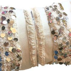 PASAMANERÍAS HANDIRA - MARROQUÍ Blue Pillows, Couch Pillows, Kilim Pillows, Throw Pillows, Leather Pouf, Leather Ottoman, Pouf Ottoman, Moroccan Bed, Moroccan Cushions