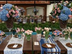 Hortênsias e rosas para casamento de dia - Amarelo Ouro