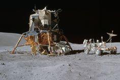 In early April of NASA was preparing to launch the Apollo program's manned mission, Apollo fifth to actually land on the Moon. Apollo Space Program, Nasa Space Program, Astronomy Facts, Space And Astronomy, Terre Plate, Apollo Moon Missions, Soyuz Spacecraft, Apollo 16, Nasa Lies