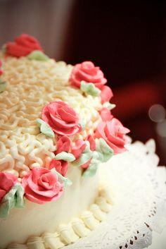 rosebud wedding cake