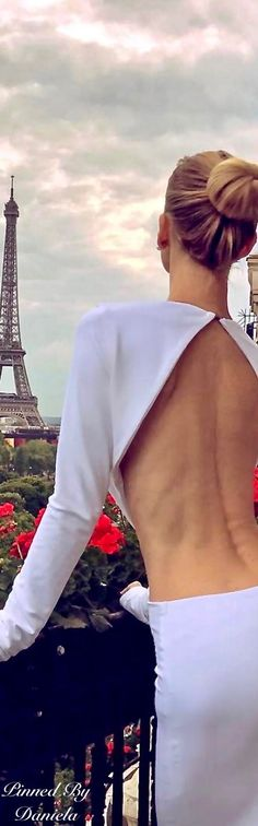 Paris with a view My Little Paris, Parisian Chic Style, French Chic, French Style, Paris Love, Glamour, Millionaire Lifestyle, Types Of Dresses, Paris Travel