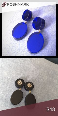 Awesome Vintage Lucite Style Earrings These amazing Lucite style pierced earrings are a beautiful vibrant blue color. You will turn heads in this eye-catching accessory. Smoke free home. Vintage Jewelry Earrings