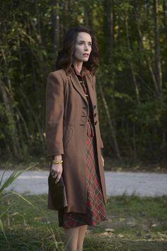 Abigail Spencer in Timeless Timeless Show, Simple Elegance, Elegant, Abigail Spencer, Vintage Wardrobe, Girl Power, Tv Shows, Vintage Fashion, Vogue