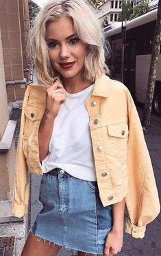 Basic summer outfits - 15 Cute Casual Outfits To Have In Your Closet – Basic summer outfits Street Style Outfits, Mode Outfits, Tumblr Outfits, Look Fashion, Fashion Beauty, 90s Fashion, Womens Fashion, Street Fashion, Fashion Outfits