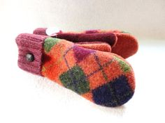 Fall Colors Mittens ORANGE ARGYLE Upcycled Sweater by WormeWoole. Fall mittens on Etsy.