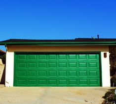 Fun colors are becoming more and more popular as color options continue to grown. Have you tried a bright Green garge door? We sell over 100 shades of garage door colors. Garage Door Colors, Garage Doors, Bright Green, Shades, Popular, Outdoor Decor, Fun, Home Decor, Decoration Home