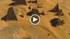 Sulla riva orientale del Nilo, circondate dalla sabbia del deserto sudanese, sorgono antiche piramidi, templi e luoghi di sepoltura. E' il sito archeologico di El Kurru, custode millenario dell'antica necropoli reale di Napata (capitale del regno di Kush) e delle piramidi della XXV dina