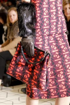Marni Fall 2011 Ready-to-Wear Fashion Show Details
