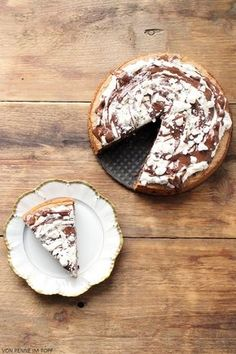 Schneegestöber-Torte mit Spekulatius, Sahne, Schokolade