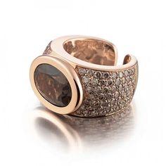 Ring with smokey quartz, brown diamonds set in yellow gold by Al Coro